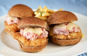 Chicken_slider_Cordon_Bleu.jpg (1)