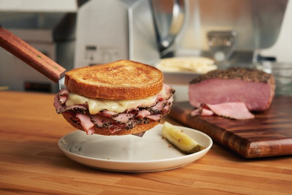 PERDUE® NO ANTIBIOTICS EVER Hickory Smoked Turkey Pastrami<br/>(65205)